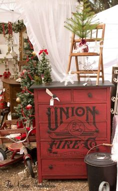 BUTTERMILK SKY DESIGNS BOOTH AT THE VINTAGE MARKETPLACE DECEMBER 2015