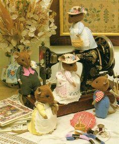 brambly hedge mice | BRAMBLY HEDGE MICE Plush Toy Sewing Pattern Book