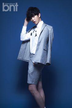 Yoon Kyun Sang - bnt International March 2015 Korean Men, Asian Men, Korean Actors, Korean Dramas, Kyun Sang, Stylish Mens Outfits, Asian Celebrities, Asian Fashion, Kdrama