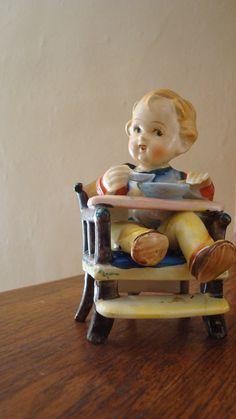 vintage Hummel like figurine