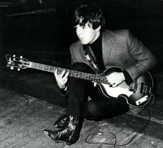 Paul & Hofner Bass