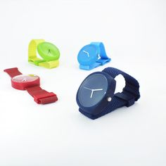 Modern stylish rainbow watch with unisex design.The design emphasizes the simplicity of shape, so that the watch corresponds to the timeless minimalist design. Strap and components are available HERE Complete assembling instructions are HERE O Ring, Minimalist Design, 3d Printing, Printables, Rainbow, Watches, Unisex, Stylish, Impression 3d