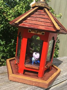 Inspired by the classic childrens story Mulan. This handcrafted prop replica will delight and amaze. The beautiful wooden house has been carefully painted and stained to resemble Crickets home in the movie Mulan. Lucky Cricket Cri-Kee is hand sculpted from polymer clay and is sure to bring you good luck just like he did for Grandma and for Mulan. Cri-Kees house measures 10 1/2 x 7 x 7 outside dimensions and comes as shown in the pics with hanging rope and glass windows. The roof opens so...