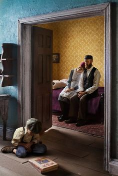 In homage to Rembrandt and Vermeer, Richard Tuschman makes dioramas of Jewish homes in Kraków between the wars, full of wistful, troubled families