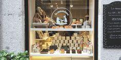 La Merendona es la nueva cafetería-pastelería que ha desembarcado en el Barrio de Salamanca. La Merendona, pastelería con mucho amor.