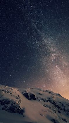 Download wallpaper: http://goo.gl/8I6VKW ad01-wallpaper-apple-ios8-iphone6-plus-official-dark-starry-night via freeios8.com - iPhone, iPad, iOS8, Parallax wallpapers