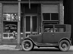 Antique Cars, Antiques, Vehicles, Vintage, Vintage Cars, Antiquities, Antique, Car, Vintage Comics