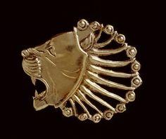 Object: Ornament  Dating from: 600-500 B.C.  Material:  Silver, Gold   Size: 5.3 x 4.9 cm  Origin: Iran; Hammadan  Collection: Near East hebben hebben hebben!!!