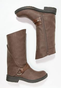 Blowfish FENNI - Boots - coffee for with free delivery at Zalando Wedges, Coffee, Boots, Winter, Fashion, Kaffee, Crotch Boots, Winter Time, Moda