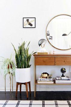 Pies para macetas, soportes para maceteros, maceteros originales, decorar con plantas.