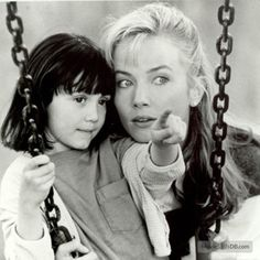 The Hand That Rocks The Cradle - Publicity still of Rebecca De Mornay & Madeline Zima