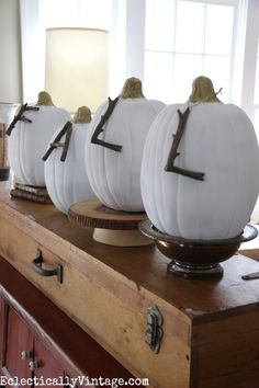Fall decorating ideas in this Eclectically Fall home tour - love the branch letters on the pumpkins! Pumpkin Crafts, Fall Crafts, Pumpkin Ideas, Paper Pumpkin, Thanksgiving Crafts, Fall Home Decor, Autumn Home, Autumn Fall, Autumn Leaves