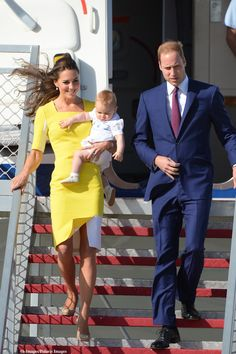 Day 9 of the royal tour down under: Kate looks stunning in a Roksanda Ilincic dress and her nude sledge pumps.