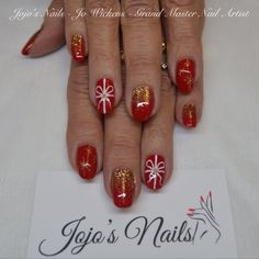 CND Shellac manicure with glitter fade and hand painted nail art - By Jo Wickens @ Jojo's Nails - www.jojosnails.com