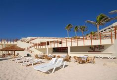 Come relax on the most amazing #beach in the #Mexican #Caribbean. Visit the #Oasis Sens in #Cancun....www.oasishotels.com
