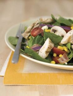 SPRING SPINACH SALAD WITH CHICKEN Perfect served with crusty bread. For a change, try warming the dressing in the same skillet you used to fry the bacon, then toss with the salad to gently wilt the spinach. Bacon Spinach Salad, Spinach Salad With Chicken, Spinach Recipes, Chicken Salad, Chicken Recipes, Salad Recipes, Clean Eating Salads, Healthy Eating, Whole Food Recipes