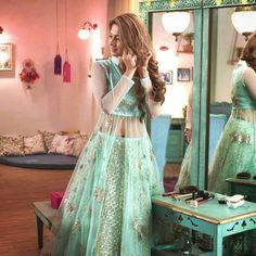 Jennifer winget as Zoya Indian Gowns Dresses, Pakistani Dresses, Bridal Dresses, Prom Dresses, Indian Wedding Outfits, Indian Outfits, Simple Lehenga, Lehnga Dress, Dress Skirt