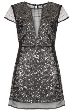 wow, this dress is perfect... #drool