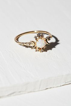 Shop our 14K Wandering Star Diamond Opal Ring at FreePeople.com. Share style pics with FP Me, and read & post reviews. Free shipping worldwide - see site for details.