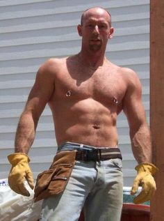 Construction Worker with Nipple Rings Scruffy Men, Hairy Men, Jean 1, Men's Piercings, Body Piercing, Bald Men, Working Man, Hommes Sexy, Hot Guys