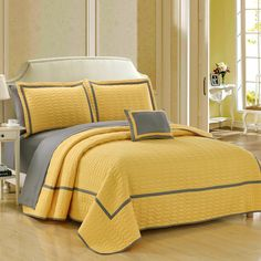 Chic Home Nero Hotel Collection 2 tone banded Quilted Geometrical Embroidered, Quilt in a bag, Includes sheets set Queen Quilt Set Yellow Shams and Decorative Pillows included Yellow Quilts, Yellow Bedding, Designer Bed Sheets, Designer Pillow, Coverlet Bedding, Comforter Sets, Comforters, Draps Design, King Quilt Sets
