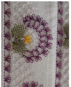 My Mother Crochet Flowers, Braids, Hand Embroidery – Harika El işleri-Hobiler Crochet Flower Tutorial, Crochet Flowers, Baby Knitting Patterns, Flower Braids, Sunflower Tattoo Design, Lace Making, Hand Embroidery, Tatting, Needlework