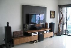 Wall mounted tv furniture in small living room design ideas big aesthetics of living room tv Small Living Room Design, New Living Room, Living Room Interior, Living Room Designs, Living Room Decor, Decor Room, Dining Room, Decoration Design, Diy Design