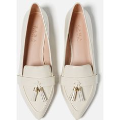 Zara Tasselled Loafers ($30) ❤ liked on Polyvore featuring shoes, loafers, loafers moccasins, loafer shoes, polyurethane shoes, zara footwear and zara loafers