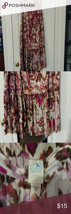 """Floral maxi skirt with beaded belt Pretty floral print with a pink beaded belt. It's 37"""" long laying flat voyage mediterranée Skirts Midi"""