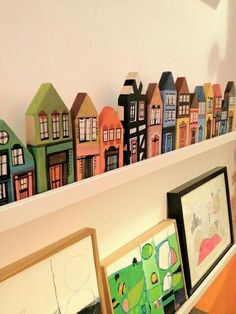 Little miniature houses…. Diy For Kids, Crafts For Kids, Home Crafts, Diy And Crafts, Modelos 3d, Driftwood Art, Wooden Art, Miniature Houses, Little Houses