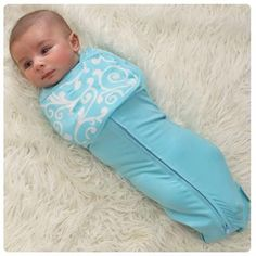 Woombie Wrap & Snap-White/Blue - Canada's Baby Store