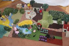Ravelry: The Knitted Farmyard pattern by Hannelore Wernhard