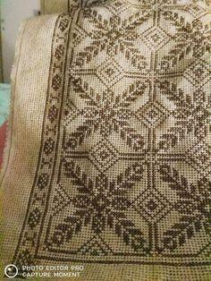 Cross Stitch Borders, Cross Stitch Flowers, Cross Stitch Designs, Cross Stitching, Cross Stitch Embroidery, Embroidery Patterns, Hand Embroidery, Cross Stitch Patterns, Knitting Patterns