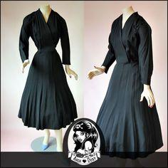 Vintage 1940s Divine Silk Taffeta LBD Art Deco Applique Wrap Cocktail Dress 14