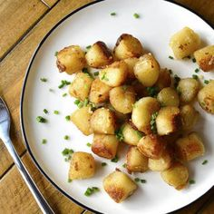 3 Ways to Cook Trader Joe's Frozen Cauliflower Gnocchi (No Thawing Required) All You Need Is, Dinner Recipes, Appetizer Recipes, Easy Recipes, Salad Recipes, Appetizers, Gluten Free Dinner, Gluten Free Breakfasts, Gluten Free Flour