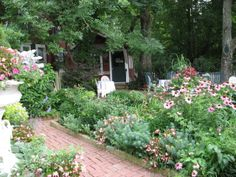 Great herb farm in Indiana.  I want to go when I head North.