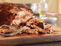 Chili Rub Slow Cooker Pulled Pork - Pork Recipes - Pork Be Inspired so yummy!