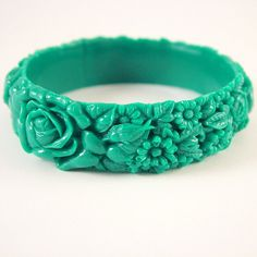 Teal Green Resin Floral Bracelet by themobyduck on Etsy