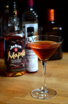 Maple Manhattan Cocktail | Barman's Journal #Jimbeam #Maple #Manhattan