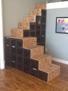 A reader looks at the design of a stair we showed last year and builds his own.
