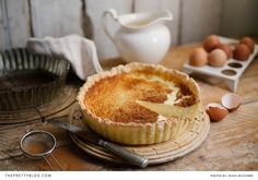 If there was ever a prize for the most popular sweet treat in South African heritage recipes, it must surely go to the milk tart. You'll find more recipes for milk tart in local cook books, w… Just Desserts, No Bake Desserts, Delicious Desserts, Dessert Recipes, Yummy Food, Sweet Pie, Sweet Tarts, Tart Recipes, Cooking Recipes