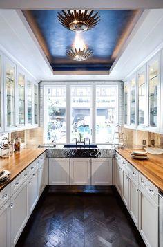 Traditional Kitchen by ANN SACKS
