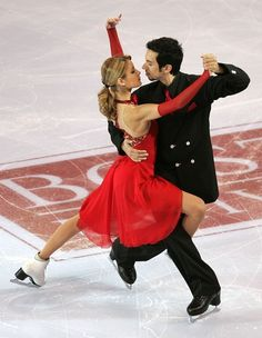 Tanith Belbin and Ben Agosto perform 'Tango' during the Marshalls U.S. Figure Skating Challenge on December 10,2006 at Agganis Arena in Boston, Massachusetts.