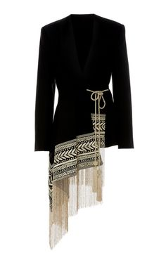 Shop V-Neck Wool Fringe Embellished Jacket Oscar de la Renta's V-neck jacket is designed with a wrap front decorated with metallic embroidery and asymmetrical hemline - Woman Jackets and Blazers Designer Wear, Designer Dresses, Hijab Fashion, Fashion Dresses, Fashion Details, Fashion Tips, Sporty Fashion, Ski Fashion, Fashion Online
