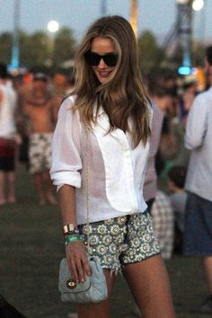 patterned shorts and a white button down. great summer outfit.