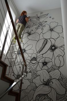 Mama Josefa: My vertical garden Related posts:Leather RhombsPlanets and Solar System Wall muralRed Poppies - Large Wall Mural, Self-adhesive Vinyl Wallpaper, Peel & Stick fabric wall decal Wall Painting Decor, Mural Wall Art, Diy Wall Art, Wall Art Decor, Painted Wall Art, Simple Wall Paintings, Wall Drawing, Paint Designs, Cheap Home Decor