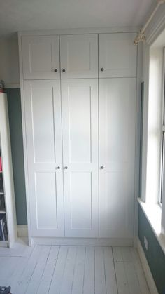 35 Ideas under the stairs bedroom built ins for 2019 Alcove Wardrobe, Bedroom Built In Wardrobe, Bedroom Built Ins, Diy Wardrobe, Wardrobe Doors, Closet Bedroom, Bedroom Storage, Wardrobe Door Designs, Closet Designs