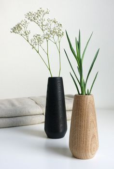 Nordic-modern wooden vases for stylish decorating with branches, flowers and Co. Source by HolzDesignPur The post Decorative vase TORSO appeared first on The most beatiful home designs.