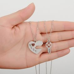 Key Lock Friendship Pendant Necklaces Heart Hollow Best Friends Carved Half Half Keepsake Memorial Day Gift For Friend - Bestfriend Shirts - Ideas of Bestfriend Shirts - Outfit Accessories Gold Choker Necklace, Cluster Necklace, Key Necklace, Bestfriend Necklaces For 2, Bff Necklaces, Bff Shirts, Best Friend Shirts, Birthday Gifts For Best Friend, Gifts For Friends