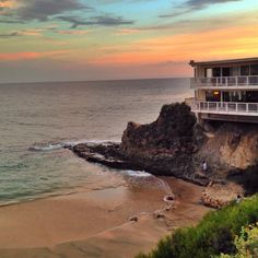 Divers Cove is a popular diving destination for locals, and always a prime beach for families to visit in Orange County this summer. It is located right in Orange County Beaches, Ends Of The Earth, Laguna Beach, California Usa, Senior Photos, West Coast, Places To Go, Vacation, Water